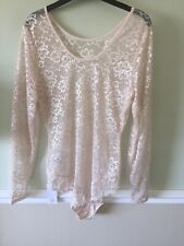 Lace Body In Champagne Size 14