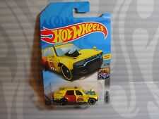 2018 HOT WHEELS ''HW METRO'' #226 = TIME ATTAXI = YELLOW  int