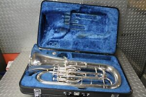 Yamaha YEP-321 Series 4-Valve Euphonium With Case