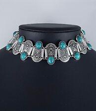 Splendido design etnico anticato argento girocollo dichiarazione collana pietre verdi
