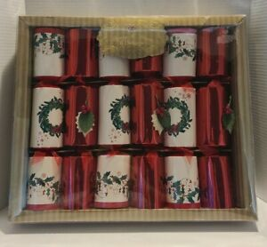 Harvey & Mason 6 Luxury Deluxe Christmas Crackers - Christmas Wreath Patterns