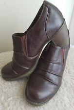White Mountain Chunky Heel Brogue Women's Brown Brogue Shoe Boots Slip On Size 7