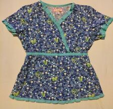 New listing Koi by Kathy Peterson scrub top, size medium, hearts and peace signs pattern