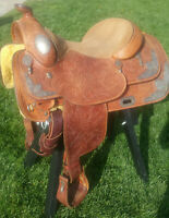 Broken Horn Western Pleasure Show Saddle BEAUTIFUL and lightly used! 15.5 seat
