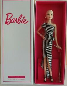 Barbie doll Striking in Stripes MFDS Madrid convention 2018 NRFB!