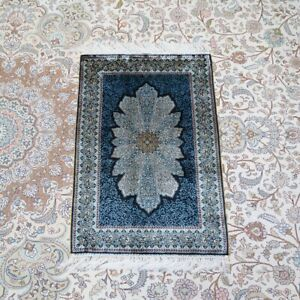 Yilong 2'x3' Handknotted Silk Carpets Blue Small Tapestry Home Luxury Rug Z448A