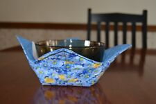 New listing Quilted microwave bowl / pot holder / hugger (cozy) Blue and Yellow Flowers