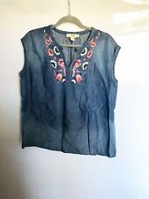 Vintage America Blue Blue Jean Sleeveless Diana Blouse Embroidered Floral, L