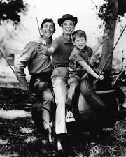 TV Show ANDY GRIFFITH, BARNEY FIFE & OPIE Glossy 8x10 Photo Poster Print