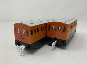Annie & Clarabel - Trackmaster - TOMY - 2002 - Thomas & Friends - EUC