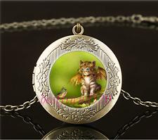 Vintage Steampunk Cat Photo Cabochon Glass Brass Locket Pendant Necklace