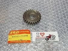 SUZUKI SP DR SP125 DR125 82-83 NEW GENUINE 6TH GEAR DRIVEN NT:25  24261-05200