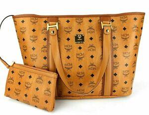 MCM Shopper Tasche Handtasche cognac braun goldfarben Logoprint mit Pochette