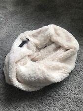 NEW Ladies Snood Scarf BNWT Christmas Gift Ladies Clothing Teddy Fleece