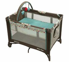Graco® Pack 'n Play® On the Go™ Playard with Folding Bassinet Twister