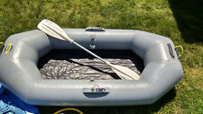 Zodiac model 0109 inflatable raft 500 lb weight capacity 4 person