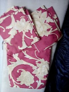 Double Quilt set  Matching Pillow Cases New