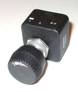 Rotary switch, Auto, Marine, splashproof 15amp Durite 0-656-02     SWH1