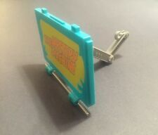 Parts Claw And Side Panel For SCOOBY DOO The Mystery Machine Ghost Patrol Van