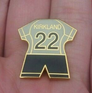 LIVERPOOL FOOTBALL CLUB KIRKLAND 22 WHITE GOALKEEPER KIT PIN BADGE VGC