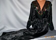 STUNNING Victorias Secret Silky Satin Lacy Floral Embroidered  Robe NWT OS