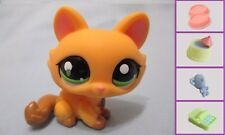 Littlest Pet Shop Cat Crouching 1669 and Free Accessory Authentic Lps