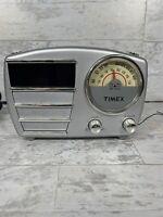 RETRO TIMEX ALARM CLOCK AM/FM RADIO vintage look electronics MODEL T247S Silver