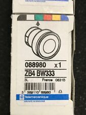 ZB4BW33,SCHNEIDER ELECTRIC Illum Push Button Operator,22mm,Green,  Green