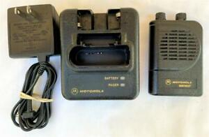 Motorola Minitor III 3 VHF Stored Voice Pager 151-159 MHz 1-Channel w/Charger