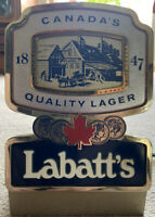Labatts Canadas Quality Lager ILLUMINATED FONT SIGN for Pub /Mancave / Home Bar