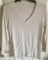 GAP long sleeved cream patterned top. Size UK M. Excellent condition.