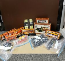 TYCO VTG H.O. Scale Locomotive Train Set w/ parts and 7 Cars & Engine (AS IS)