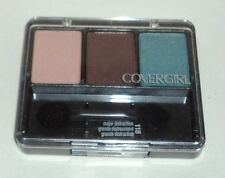 CoverGirl Eye Enhancers Eyeshadow Trio MAJOR DISTRACTION 118 Sealed