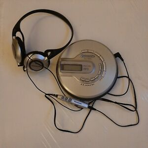 Vintage Panasonic SL-CT582V AM/FM MP3 CD Player with Headphones, In-Line Remote