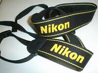 Nikon Correa de Cámara Negro Amarillo AN-DC3