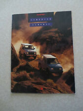 1990 Suzuki Sidekick & Samurai advertising booklet