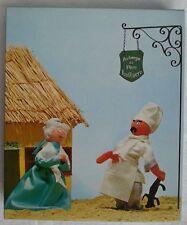 Très rare boite publiciaire à grenouillère Auberge du père Lustucru
