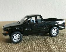 Kinsmart Dodge Ram 4x4 The New Dodge 1500 V8 Sport Pickup Truck 1:44 Die-cast