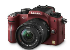 Digital SLR Camera Panasonic Lumix DMC G1 With Two Lens and Case - Red