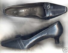 LADIES'  BLACK OFFICE SHOES/ S5 1/2 ;VIA VENETTO