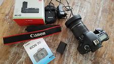 Canon EOS 7D 18.0 MP mit Canon 18-135mm EF-S Akkugriff