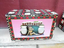 1995 Nrfb Betty Boop Figural Ceramic Napkin Holder - Salt and Pepper Set (S21D)