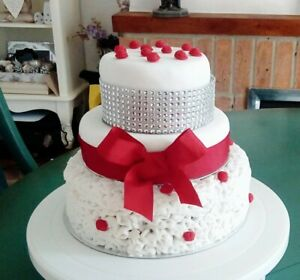 Three Tier Homemade Beautiful wedding cakes