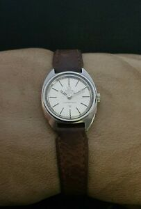 OMEGA CONSTELLATION CHRONOMETER AUTOMATIC cal.672 VINTAGE 70's LADY SWISS WATCH.