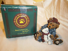 Elliot and Snowbeary Boyd Resin Collectible