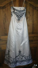 Sean Collection Custom Beaded Evening Formal Gown Dress EUC M Black and White