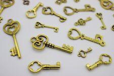20 pce Metal Antique Gold Key Charms / Pendants Various Shapes & Sizes