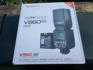 NEW Godox V860II-C 2.4G Wireless TTL HSS Camrea Flash Speedlite for Canon