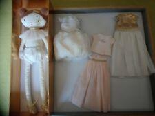 Peluche poupée chiffon merveille + 3 jolis tenus Tao Dream 35 cm Tape à l'œil