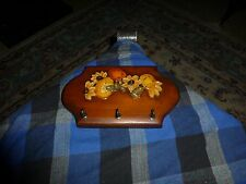 Vintage WOOD KEY JEWELRY RACK W/ Painted Encrusted Flowers VG !